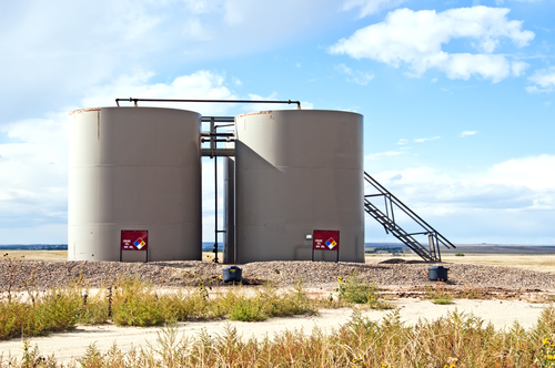 Storage tanks for crude oil